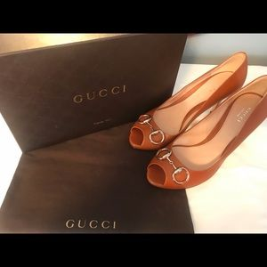 Ladies Gucci Horsebit Tobacco Open Toe Heels Sz 39